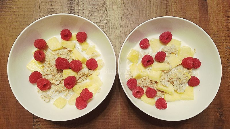 pineapple and berry oatmeal