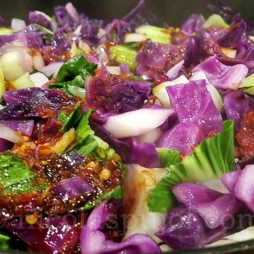 Red cabbage stir-fry