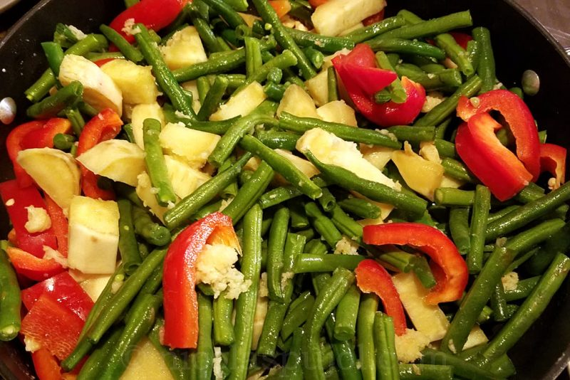 Sauteed green beans with red pepper and sweet potatoes