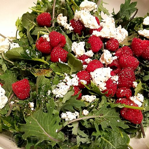Baby kale goat cheese and berries recipe