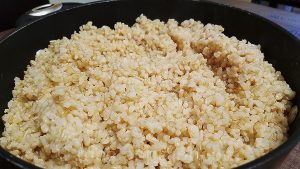How to cook a tasteful brown rice