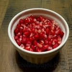 How to easily extract pomegranate seeds
