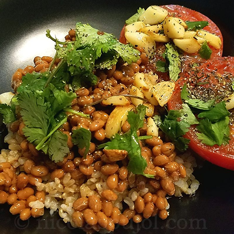 Provence-style natto with seared tomatoes and garlic