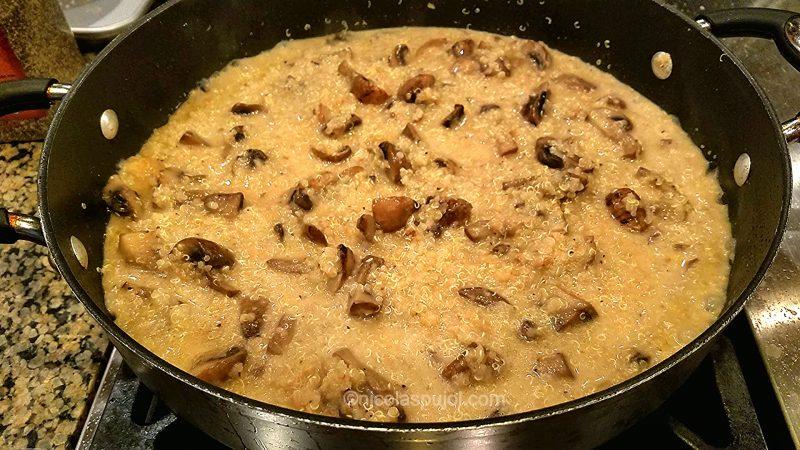 Add coconut milk to quinoasotto