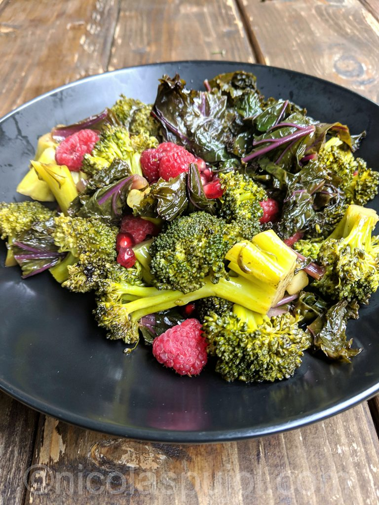 Broccoli pomegranate and berry salad