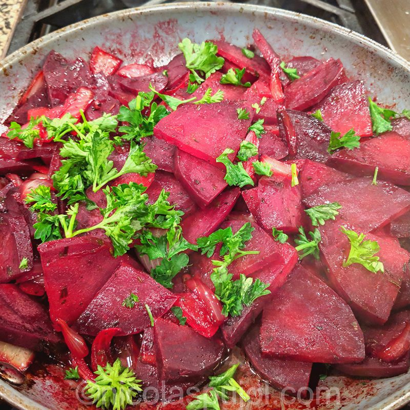 beets fricassee with parsley