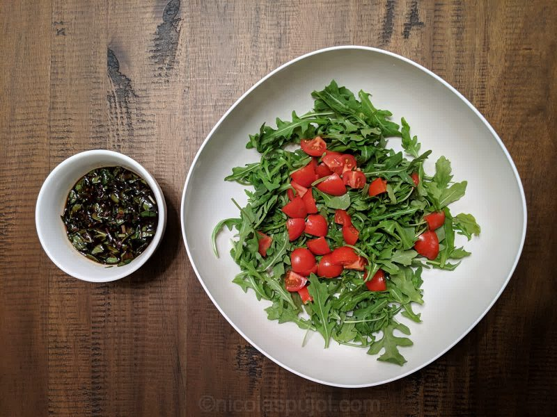 Food pairings for no-oil balsamic vinegar salad dressing