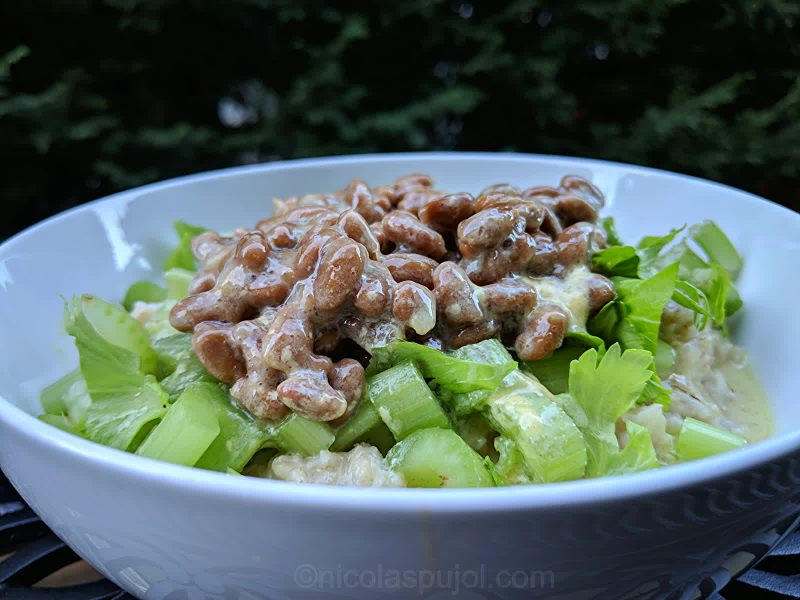 Oatmeal natto and celery salad in lime mustard dressing