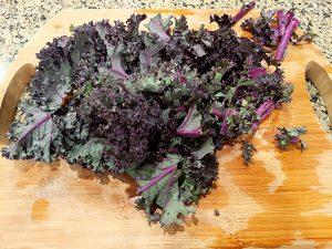 Chop the fresh kale