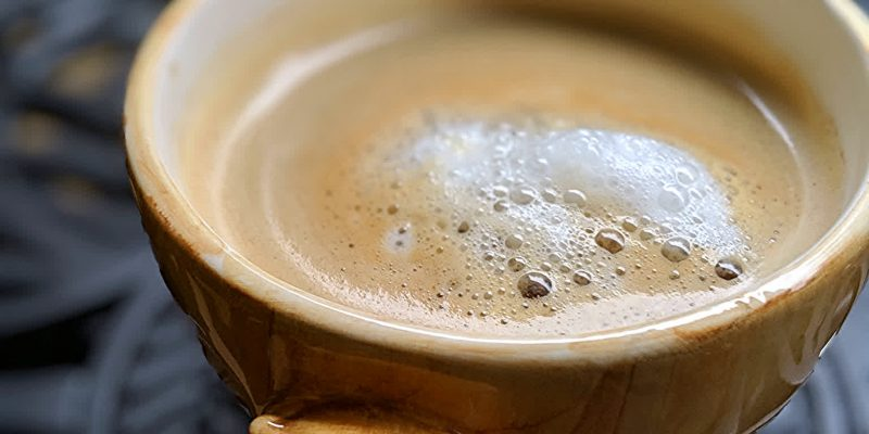 Easy plant-based latte recipe with almond milk
