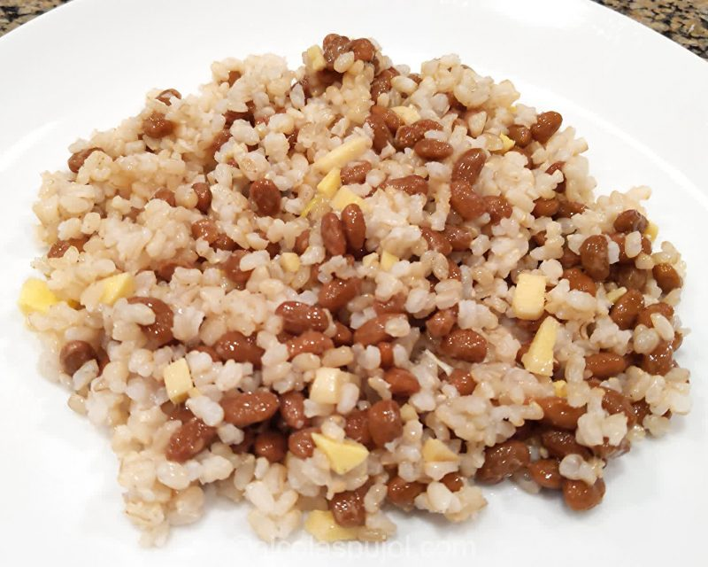 Natto with ginger and brown rice
