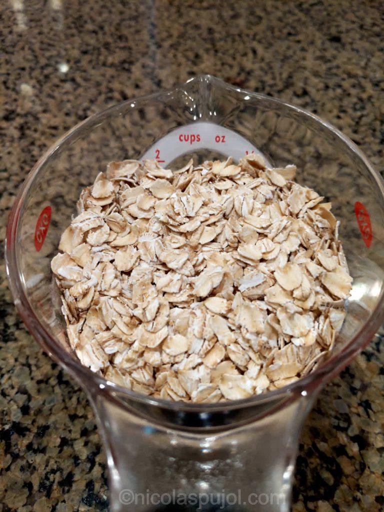 Plain dry oats