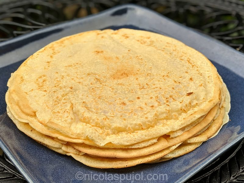 Naturally low-fat vegan crepes (using soy milk)