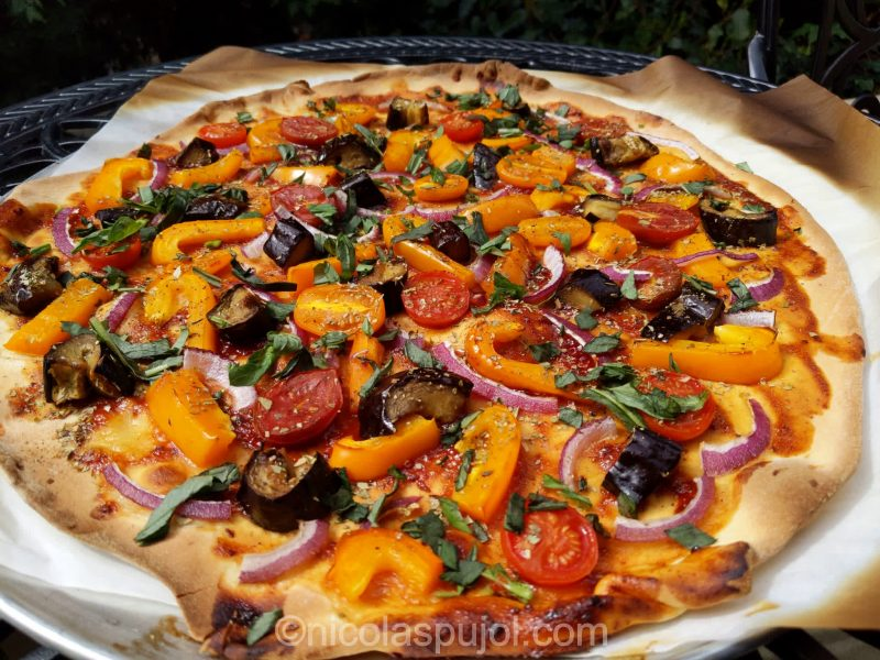 Vegan eggplant bell pepper BBQ pizza (no oil)