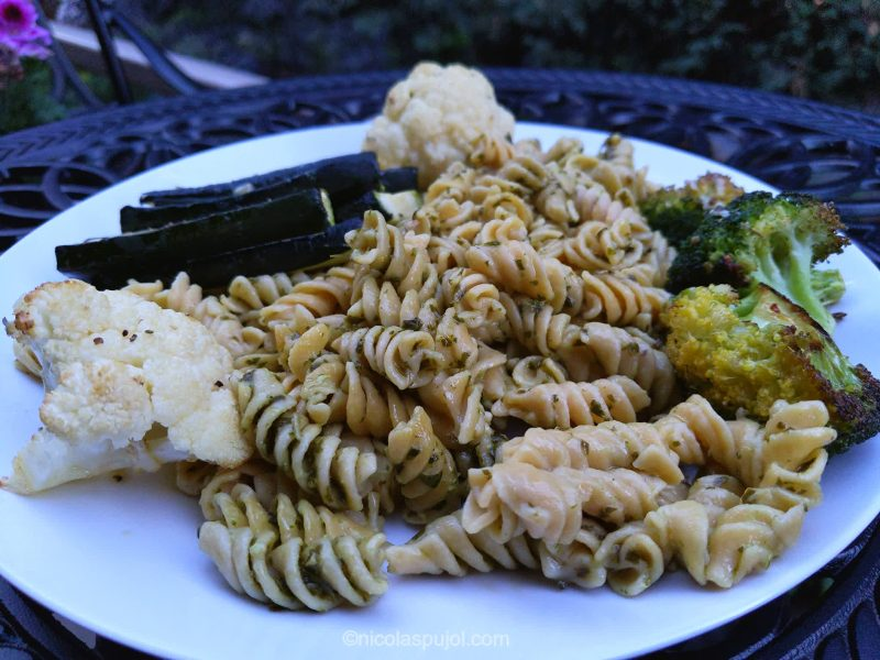 Baked vegetables with gluten-free pastas