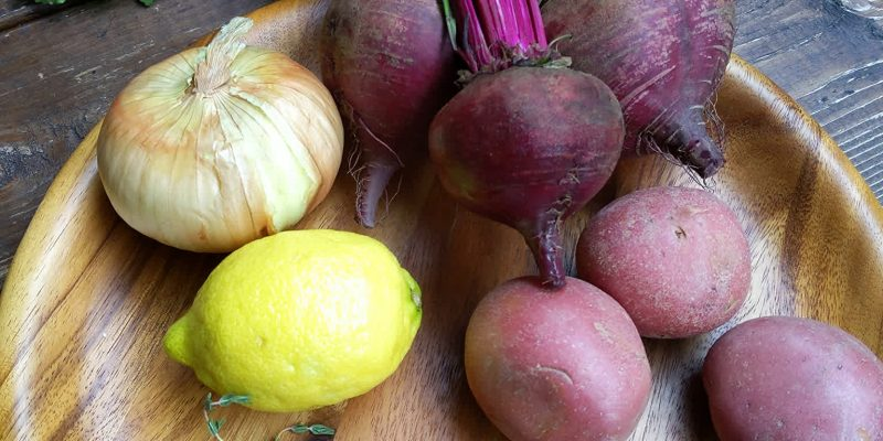 Vegan red beet soup ingredients